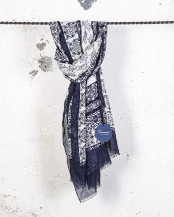 Sciarpa-disegno-cachemire-blu-CAMERUCCI
